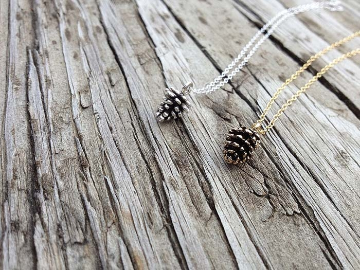 Gold-Pine-Cone-Necklace