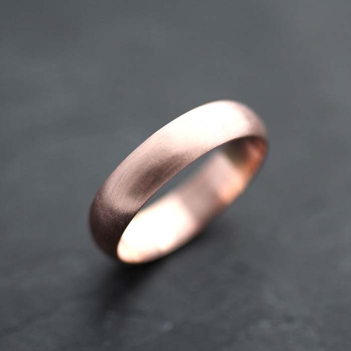 Rose-Gold-Mens-Wedding-Band