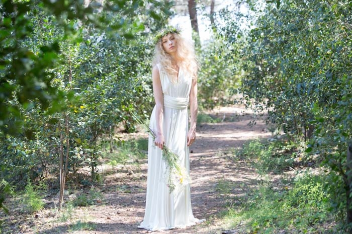Simple-Rustic-Gown