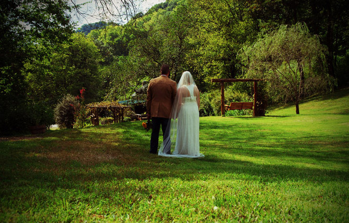 Tennessee-Intimate-Weddings-at-Butterfly-Hollow-1