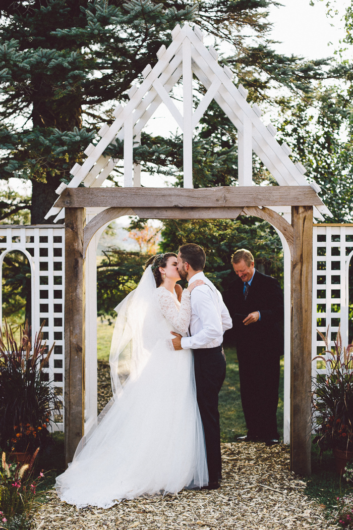 intimate-backyard-wedding-melodie-tim-48