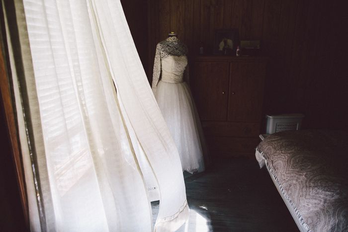 intimate-backyard-wedding-melodie-tim-7