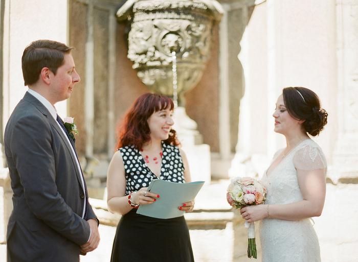 intimate-paris-wedding-Lindsey-Matthew-photography-by-Greg-Finck-35