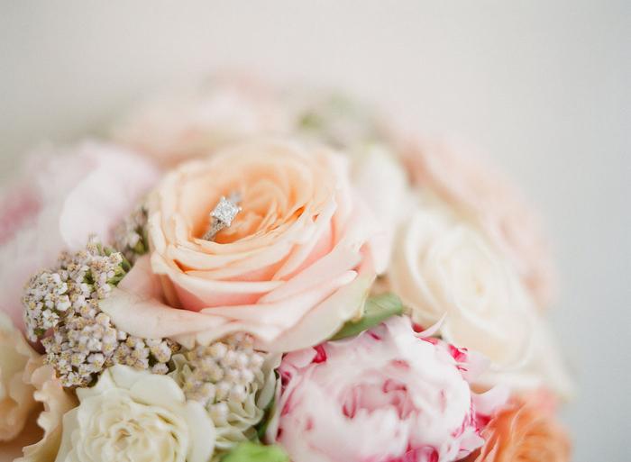 intimate-paris-wedding-Lindsey-Matthew-photography-by-Greg-Finck-53