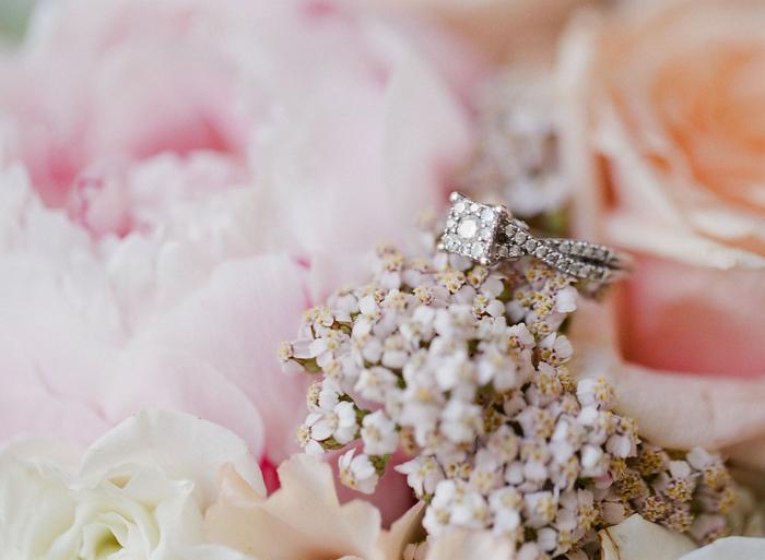 intimate-paris-wedding-Lindsey-Matthew-photography-by-Greg-Finck-55