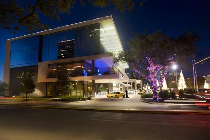 Houston-Intimate-Wedding-Venue-RDG-Bar-Annie-4