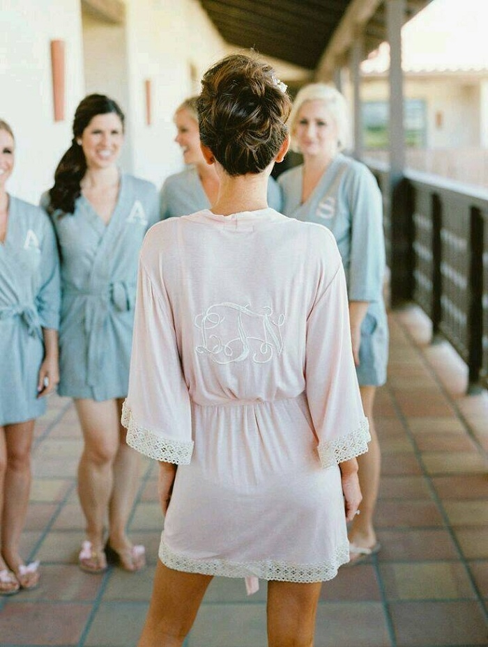 097b9b2071 11 Gorgeous Bridesmaids  Robes