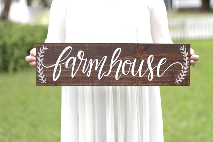 Rustic-Farmhouse-Sign