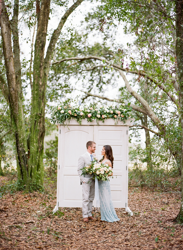 Pantone-styled-shoot-elopement-by-Emily-Katharine-40