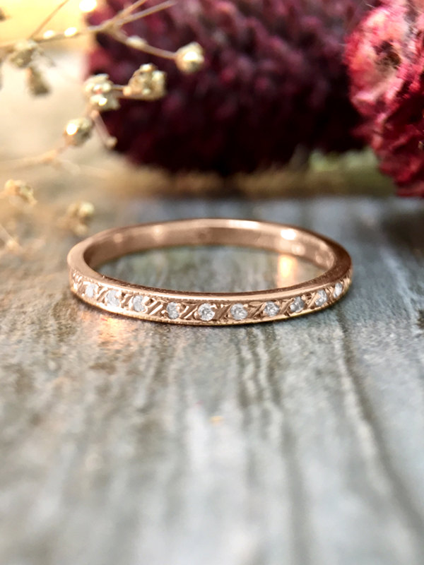 Curved Diamond Wedding Band