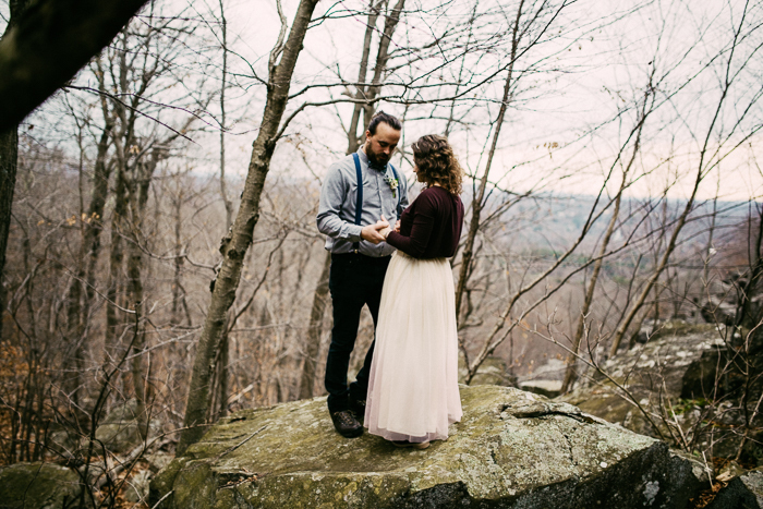 Woodland-elopement-styled-shoot-Ramblefree-Photo-Co-49