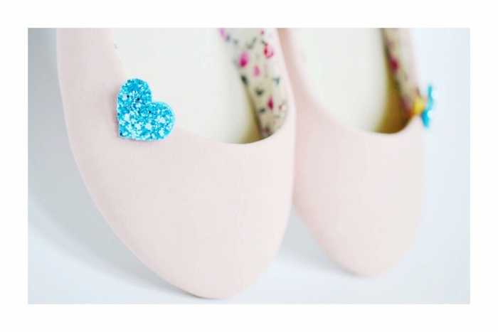 blue heart shoe clip