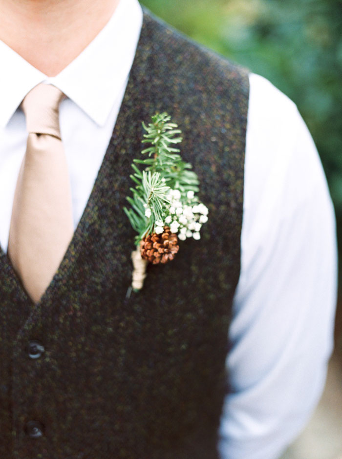 groom's pinecone boutonniere