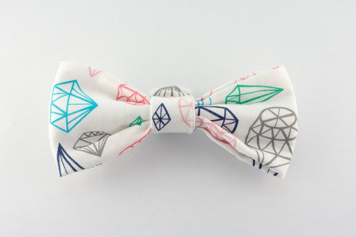 diamond pattern bowtie