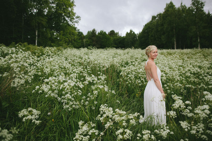 bride portrait in meadow