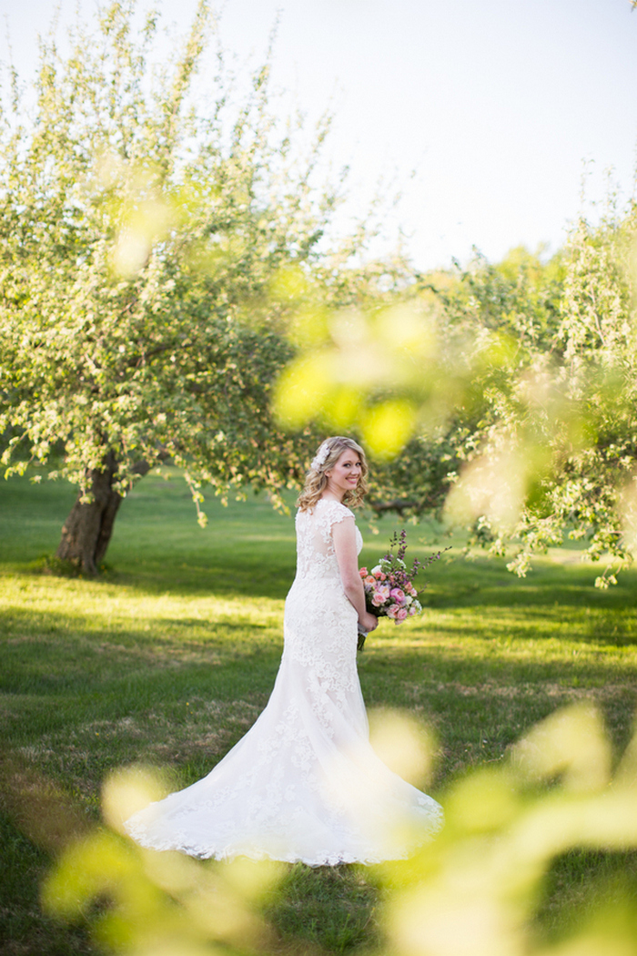 apple-orchard-wedding-styled-shoot-Brooke-Ellen-Photography-1