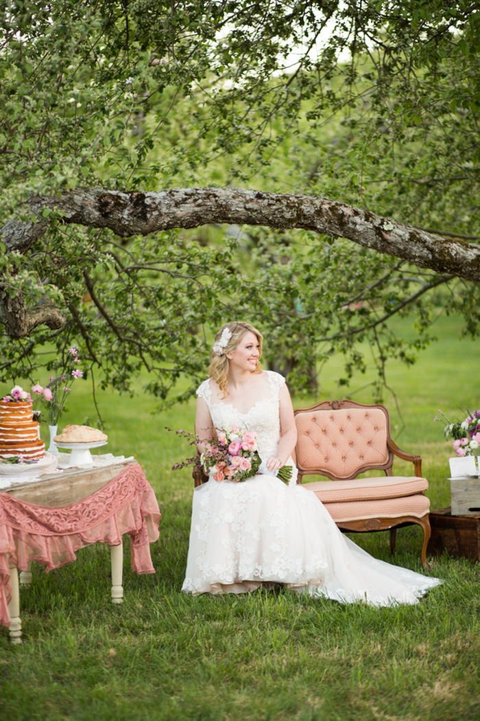 apple-orchard-wedding-styled-shoot-Brooke-Ellen-Photography-11