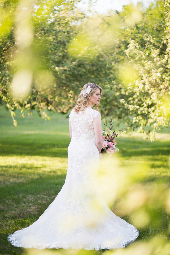 apple-orchard-wedding-styled-shoot-Brooke-Ellen-Photography-4