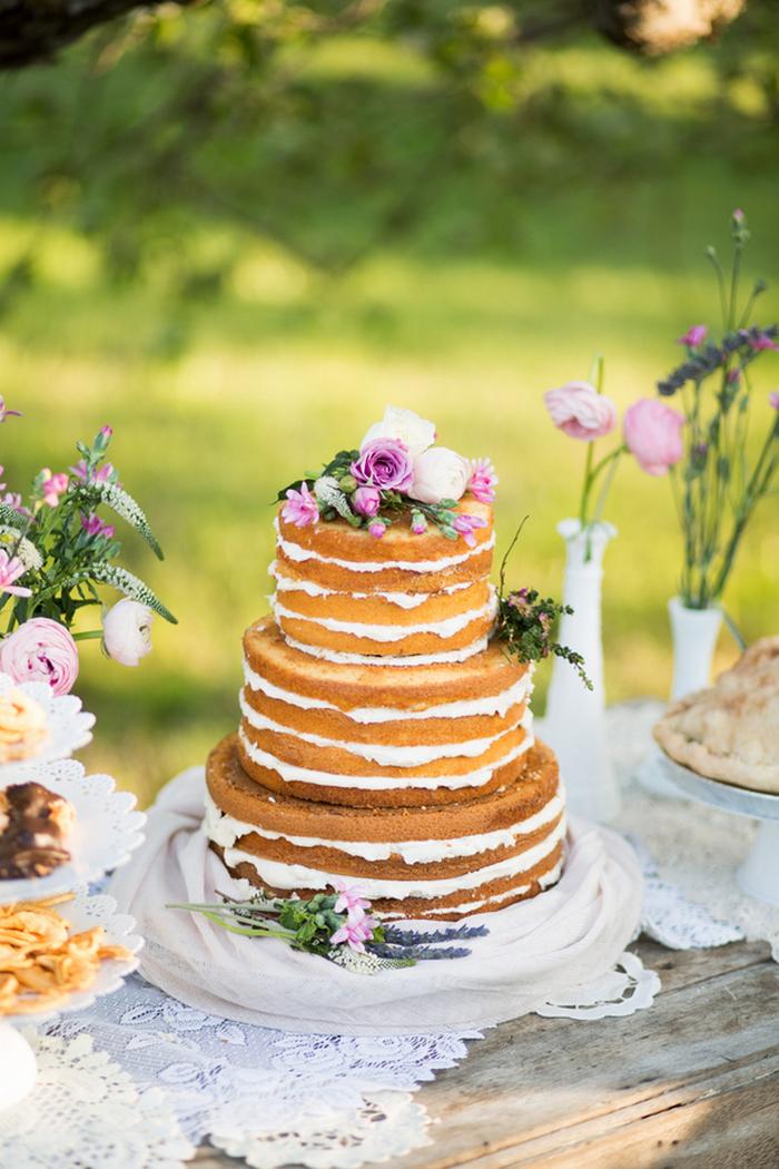 apple-orchard-wedding-styled-shoot-Brooke-Ellen-Photography-53