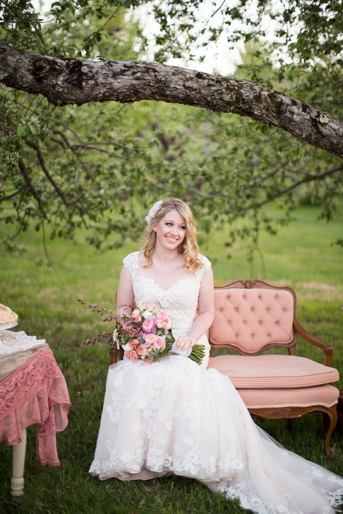 apple-orchard-wedding-styled-shoot-Brooke-Ellen-Photography-8