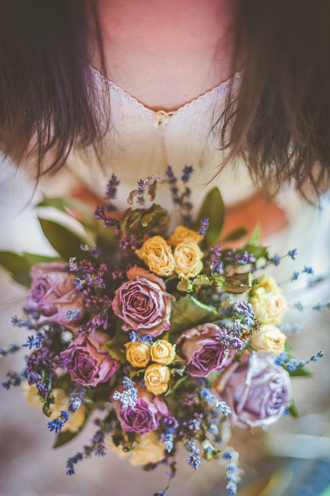12 Dreamy Ways With Dried Flowers Intimate Weddings