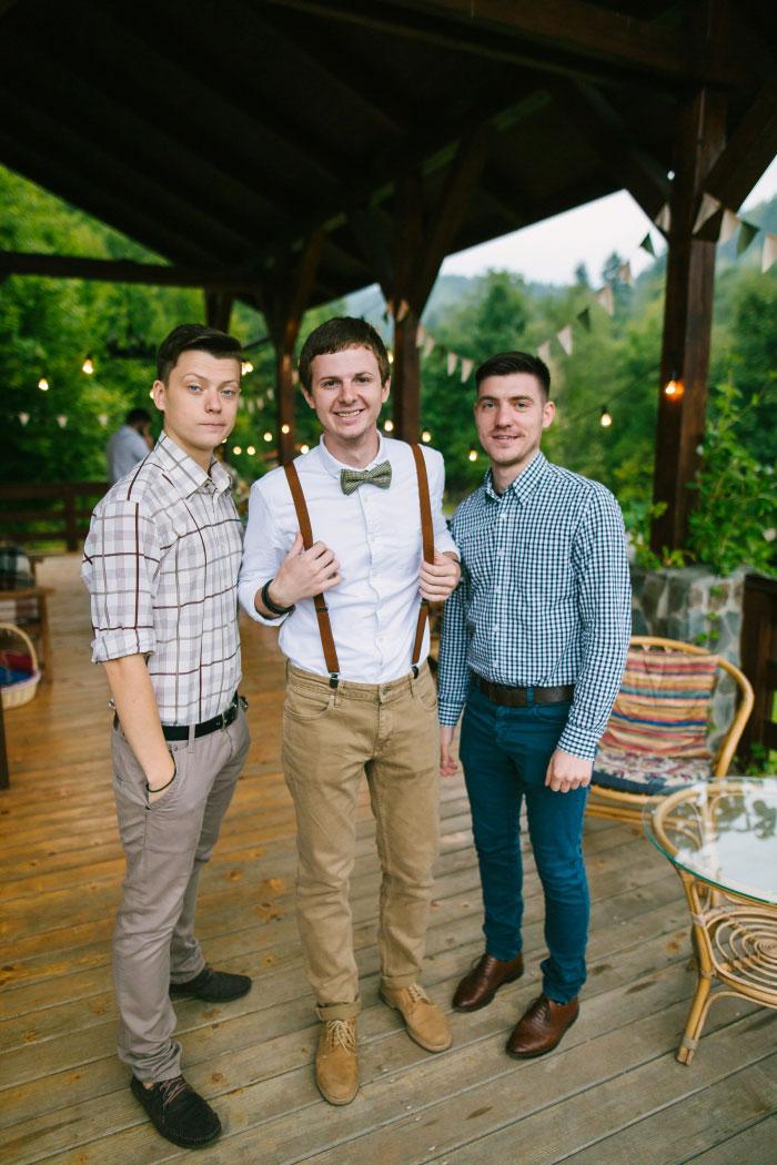 groom portrait with groomsmen