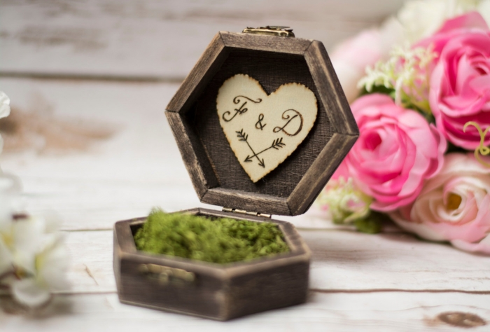 wooden box moss ring box