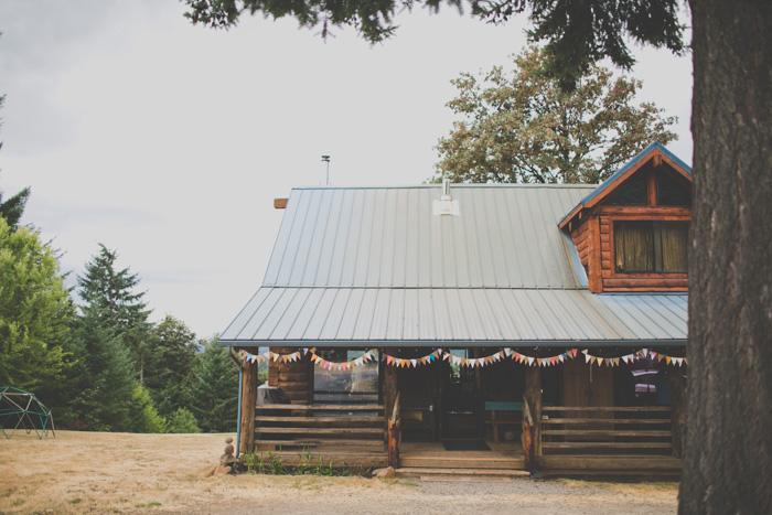 Oregon-At-Home-Intimate-Wedding-Aimee-Brian-3
