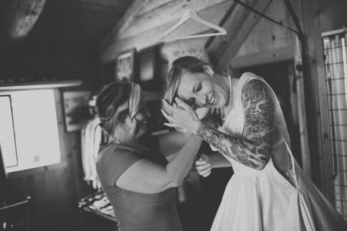 Oregon-At-Home-Intimate-Wedding-Aimee-Brian-31