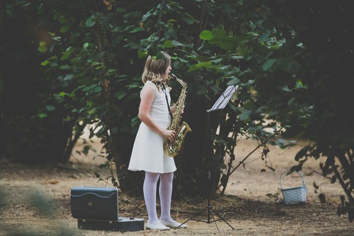 Oregon-At-Home-Intimate-Wedding-Aimee-Brian-37