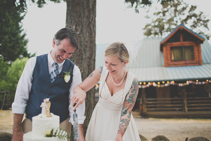 Oregon-At-Home-Intimate-Wedding-Aimee-Brian-87