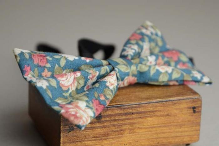 flower print bowtie