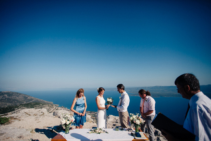brac island outdoor wedding ceremony