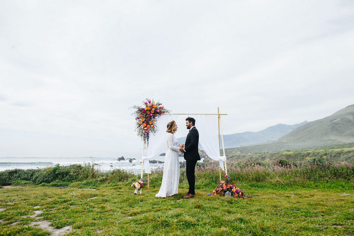 cliffside-elopement-styled-shoot-25