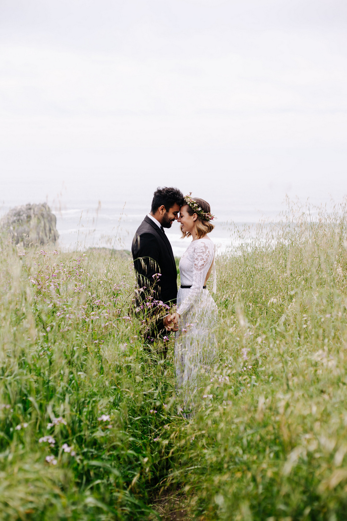 cliffside-elopement-styled-shoot-31