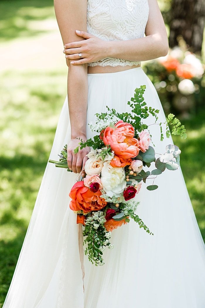 bride's red and white wedding bouquet