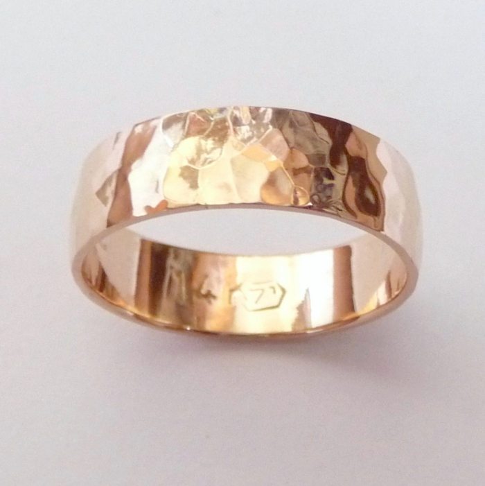 rose gold wedding band hammered