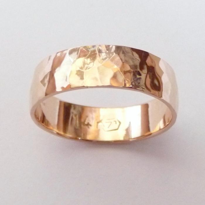 rose gold wedding band hammered