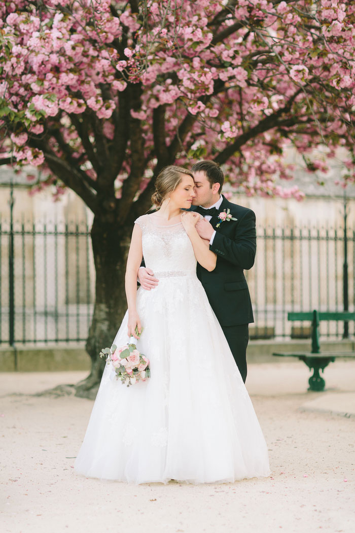 wedding portrait in Paris