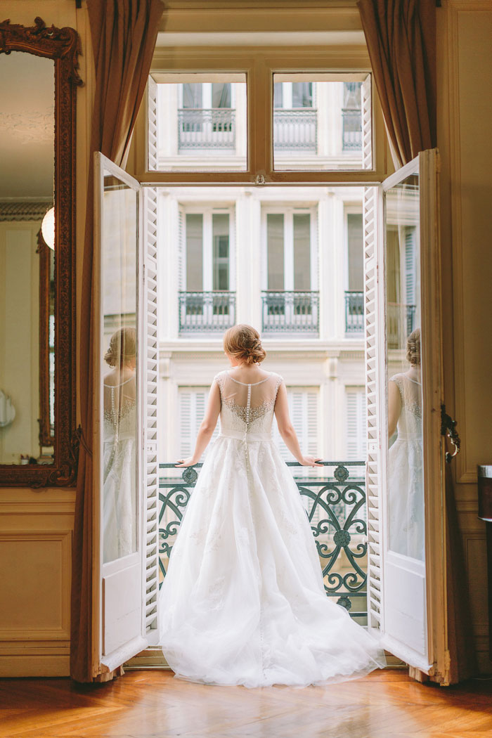 bride portrait in Paris apartment