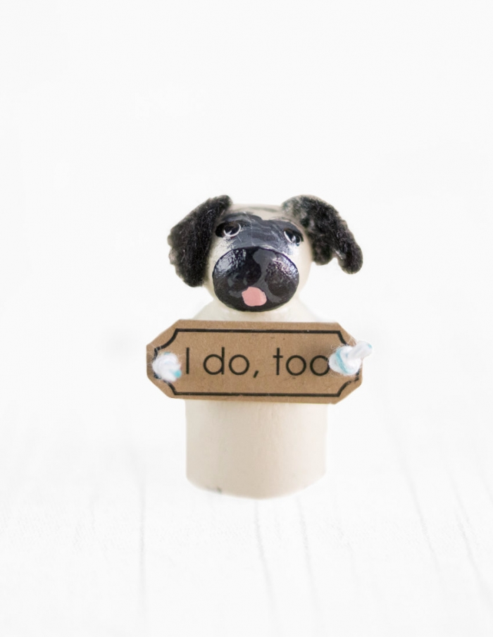http://www.intimateweddings.com/wp-content/uploads/2016/08/dog-cake-topper-700x904.jpg