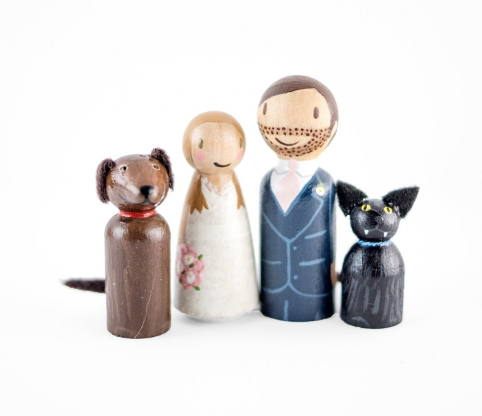pet anf family figurines