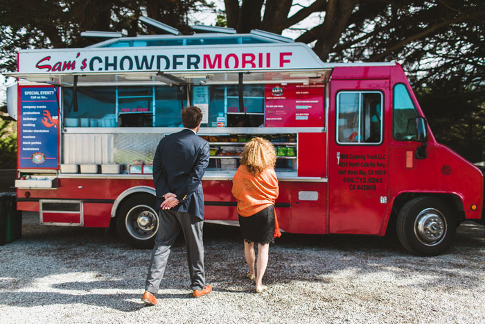 chowder mobile food truck at wedding