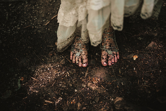 bride's muddy feet