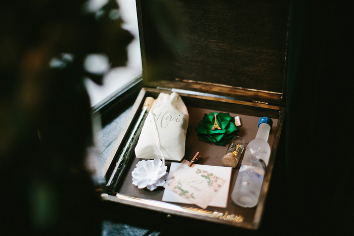 favour box for female guests