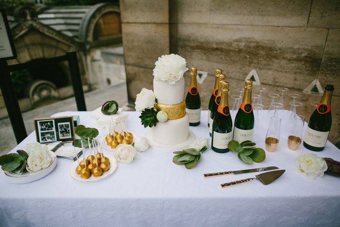 cake and champagne table