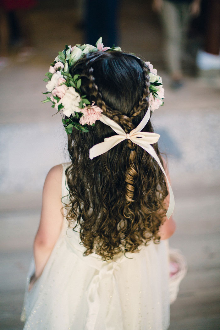 flower girl's hair