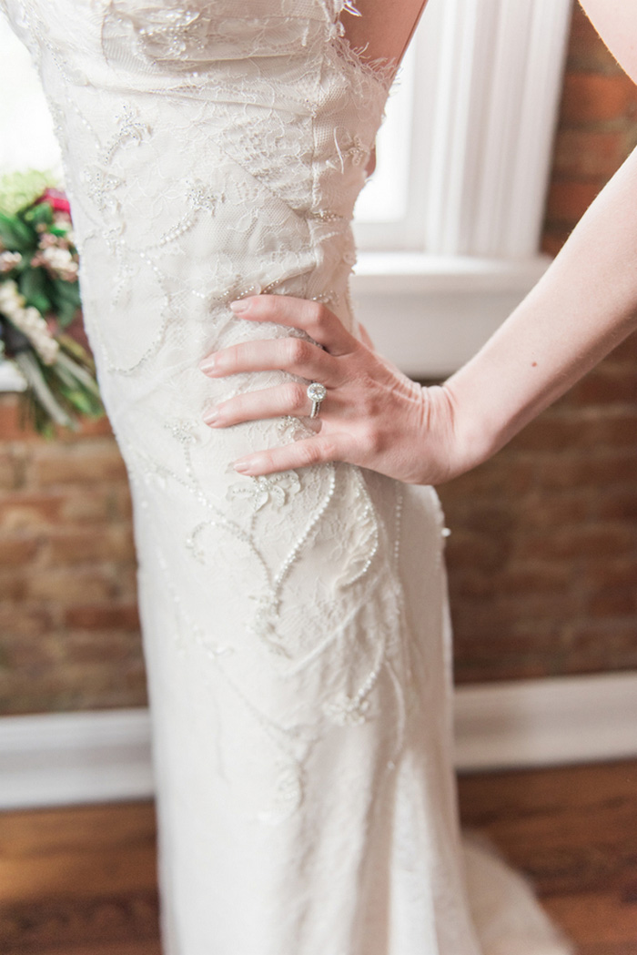 bride's hand on her hip