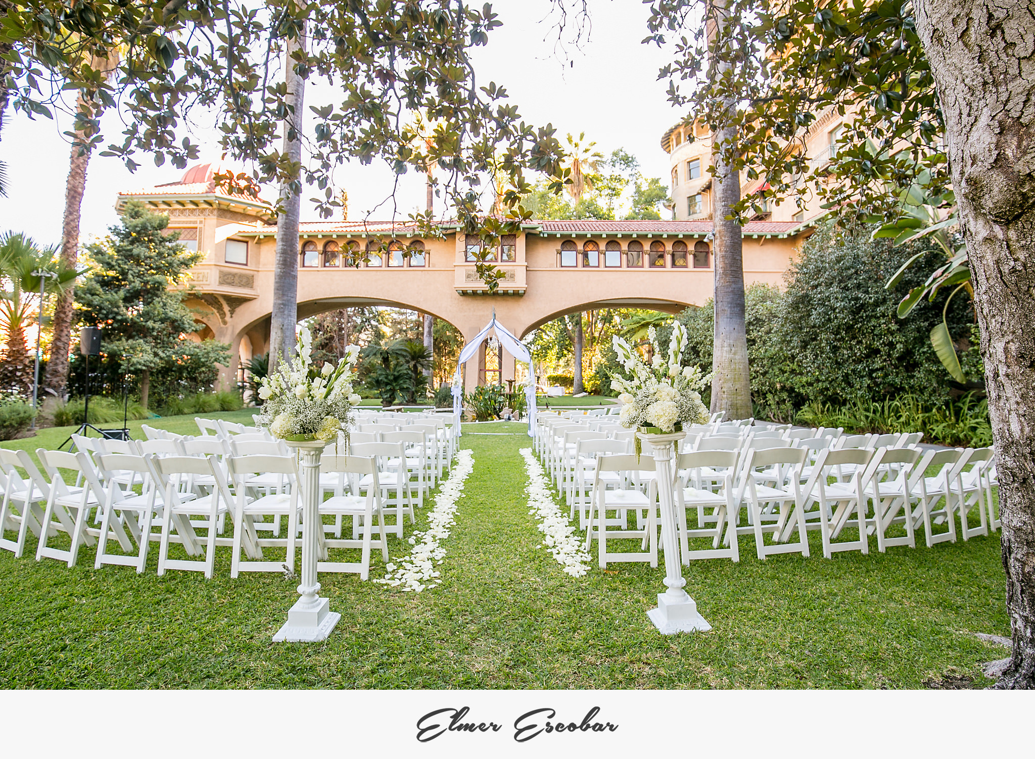 Beautiful-Castle-Green-Wedding-Photos-Jenn-and-Joe-59