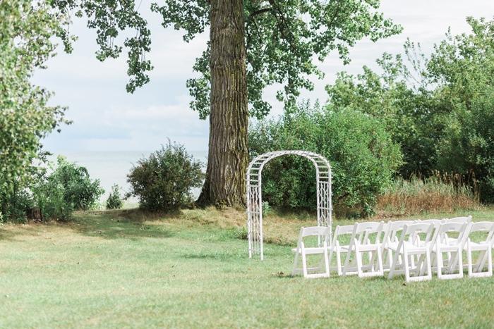 Wisconsin-lighthouse-intimate-wedding-Marisa-Jim-1